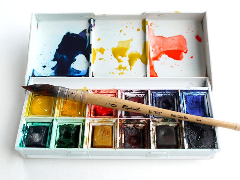 boites de peintures aquarelle en godet